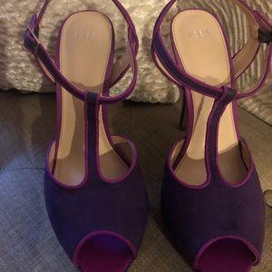 Elle T-strap Sandals